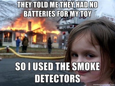 funny-pictures-auto-Disaster-Girl-memes-478787
