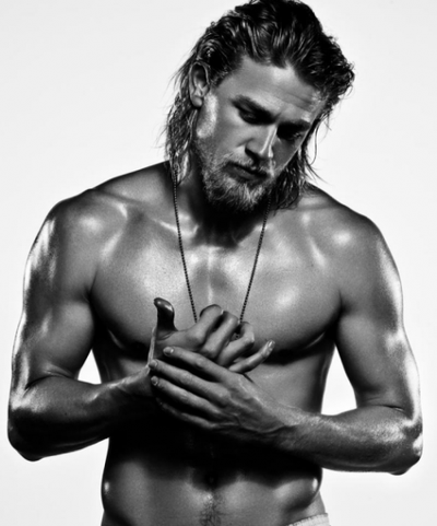charlie-hunnam-shirtless-e1305148158187_large_170352988